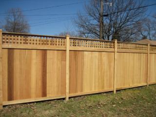 C-0761 - Cedar Fence with Decorative Top