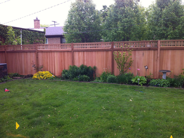 C-0758 - Cedar Fence with Decorative Top