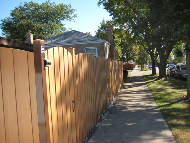 C-0771 – Curved Top Cedar Fence