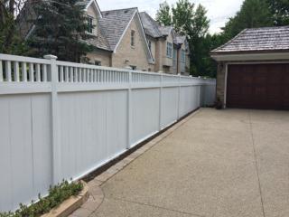 C-0757 - Cedar Fence with Decorative Top