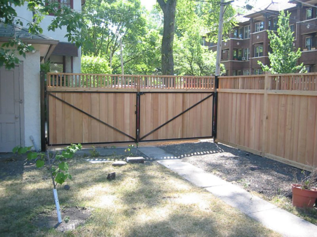 C-0750 - Cedar Fence Gate with Steel Frame