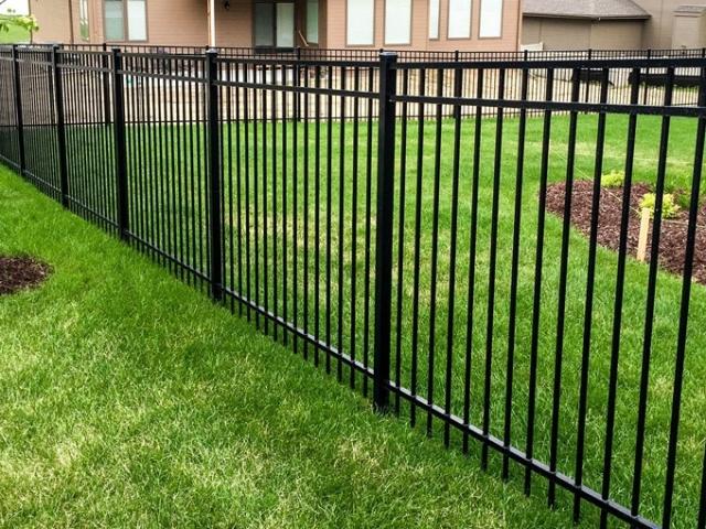 Echelon Majestic Aluminum Fence
