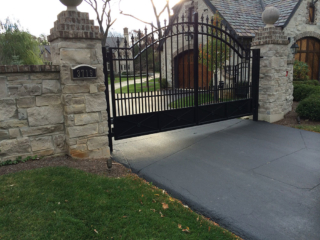 M-0732 – Wrought Iron Gate and Operator