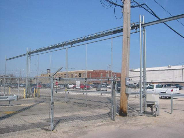 L-0708 - Chain Link Commercial Fence Gate