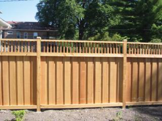 C-0701 - Cedar Fence with Decorative Top