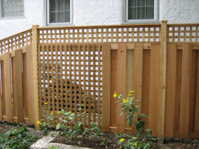 C-0711 - Cedar Lattice Fence