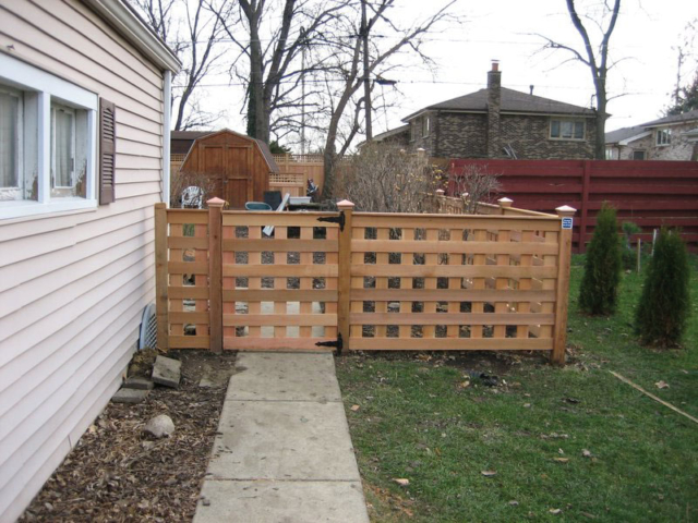 C-0721 - Cedar Lattice Fence