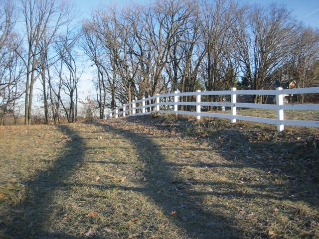 C-0732 - Cedar Rail Fence