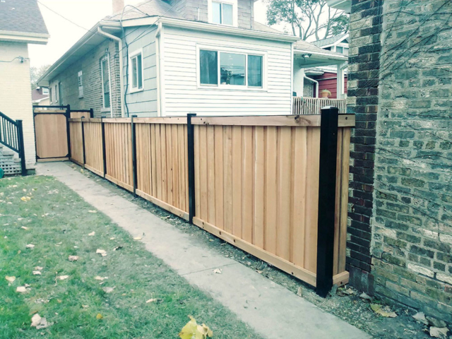 CS-0103 - Cedar with Steel Frame and Gate