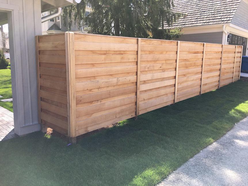 HC-0102 – Horizontal Cedar Fence