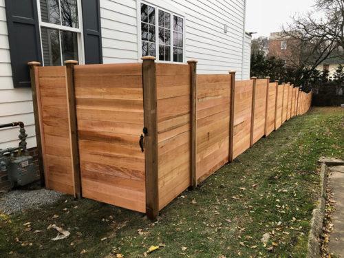 HC-0103 – Horizontal Cedar Fence