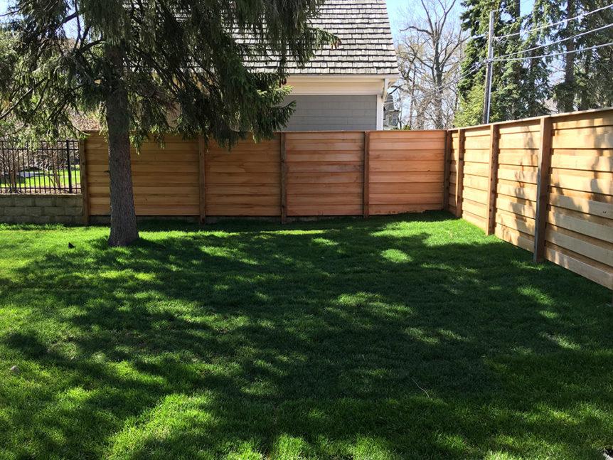 HC-0104 – Horizontal Cedar Fence