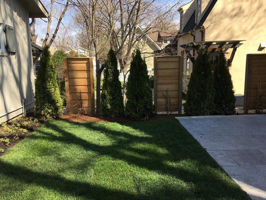 HC-0105 – Horizontal Cedar Fence