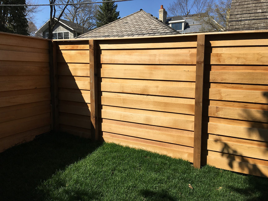 HC-0106 – Horizontal Cedar Fence