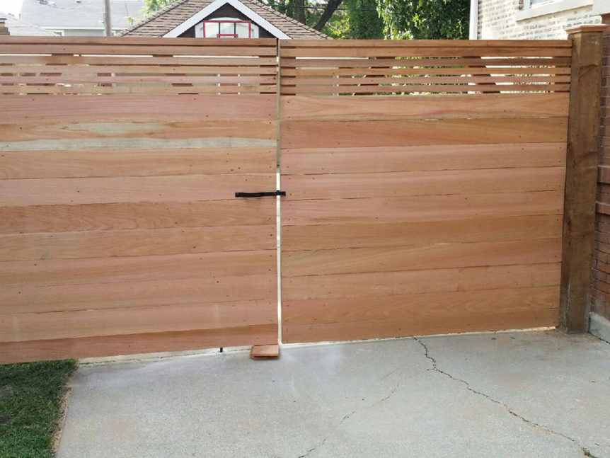 HC-0107 – Horizontal Cedar Fence