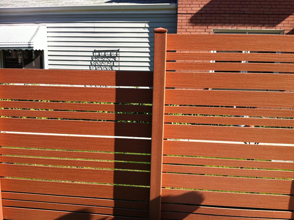 HC-0109 – Horizontal Cedar Fence