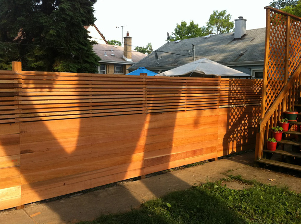 HC-0111 – Horizontal Cedar Fence