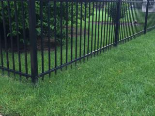S-016 - Short Steel Fence